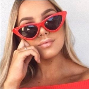 Accessories - Red Cat Eye Sunglasses 😎 ❤️NWT